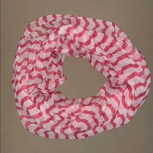 Red and white stripe Infiniti scarf